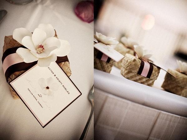 D coration de mariage tropicale fleurie chic avec des for Accessoire pour decoration
