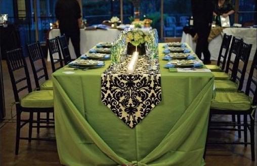 10 decorations de salle de mariage vertes d coration for Table de salle a manger verte