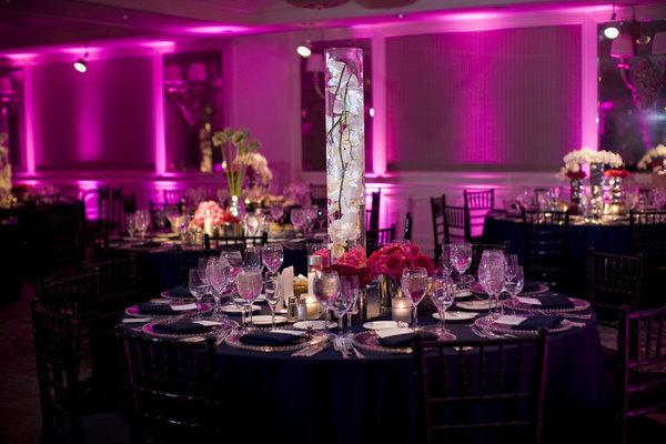 Eclairez votre salle de mariage d coration mariage tendance for Decoration de salle