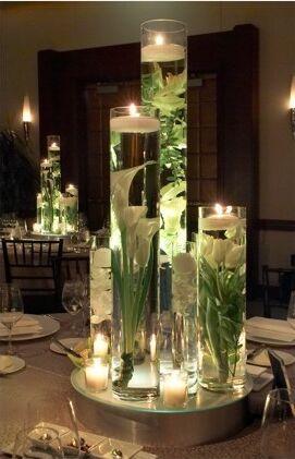 4 Centres De Table Avec Fleurs Immergees Decoration Mariage Tendance
