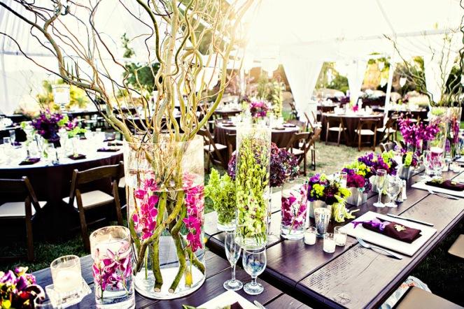 4 centres de table avec fleurs immerg es d coration mariage tendance. Black Bedroom Furniture Sets. Home Design Ideas