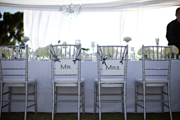 20 photos de decorations de mariage moderne. Black Bedroom Furniture Sets. Home Design Ideas