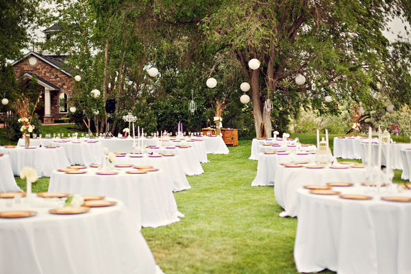 20 photos de decorations de mariage moderne d coration for Au jardin wedding