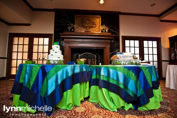 de mariage verte et bleue amusante pour un mariage. Ce gateau de ...