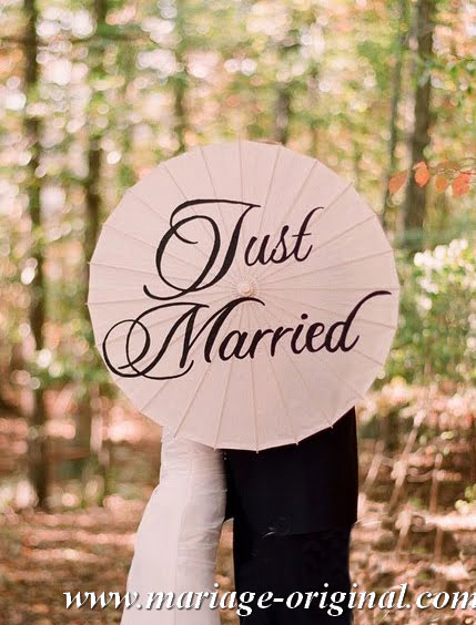 ombrelle-just-married