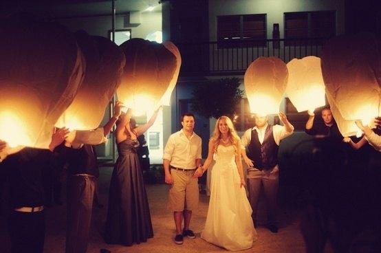 allee-sky-lantern