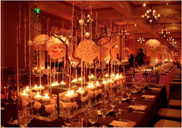 boules-fleurs-decor-table