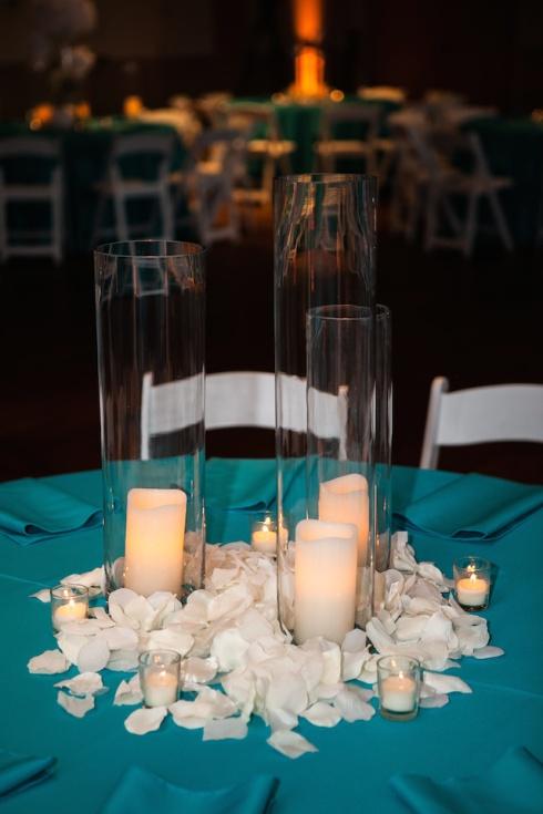 Idees de deco de salle bleu turquoise - Centre de table bleu turquoise ...