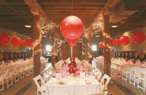 decor-fete-ballons-rouges-helium