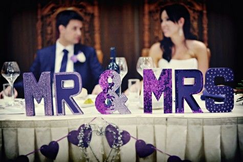 decor-mr-mrs-violet