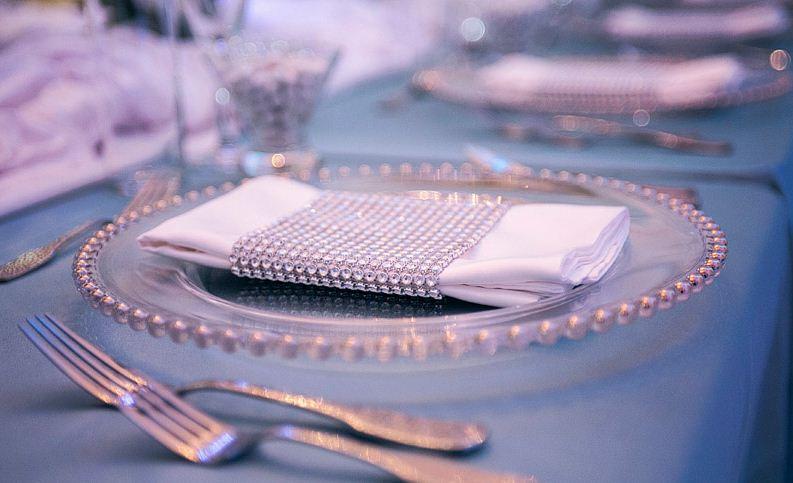 idee-rond-serviette-ruban-diamant