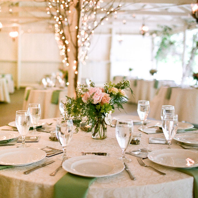 Romantic Garden Wedding Ideas In Bloom: Décoration Mariage Tendance