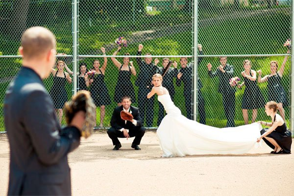 creative-funny-wedding-photo-ideas