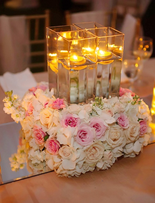 sophisticated-floating-candle-wedding-centerpiece-ideas-with-flowers