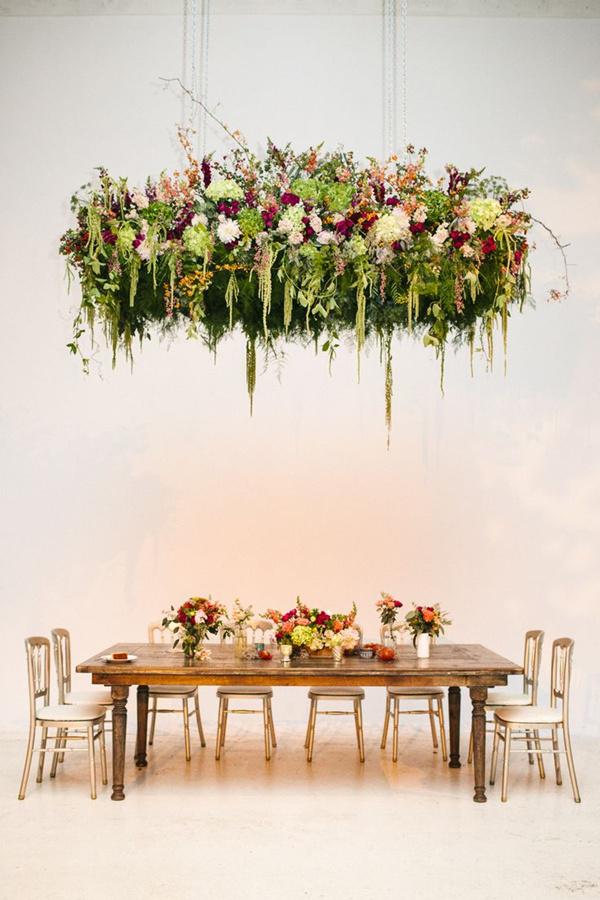Garden-Loft-Wedding-with-an-amazing-Floral-Instalation